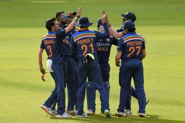 SRI LANKA VS INDIA: Krunal Pandya tests COVID-positive; the second T20I postponed by a day