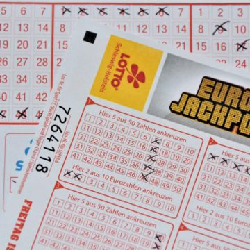 What Lottery numbers are lucky and how to become a CrorePati?